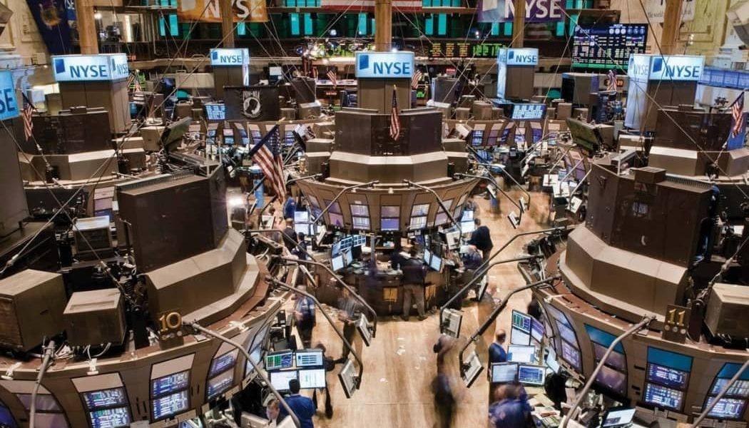 Obchodovanie na burze - obchodný parket burzy New York Stock Exchange (NYSE)