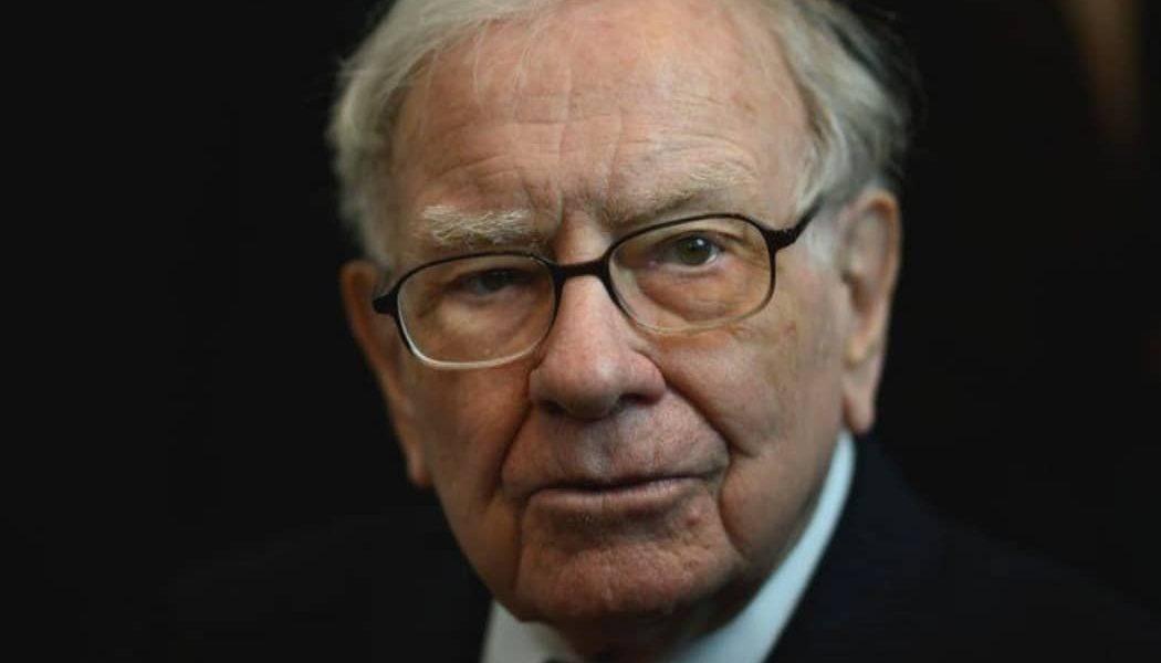 obchodovanie na burze - Warren Buffet zobchodoval na burze najdrahšiu akciu v histórií Berkshire Hathway