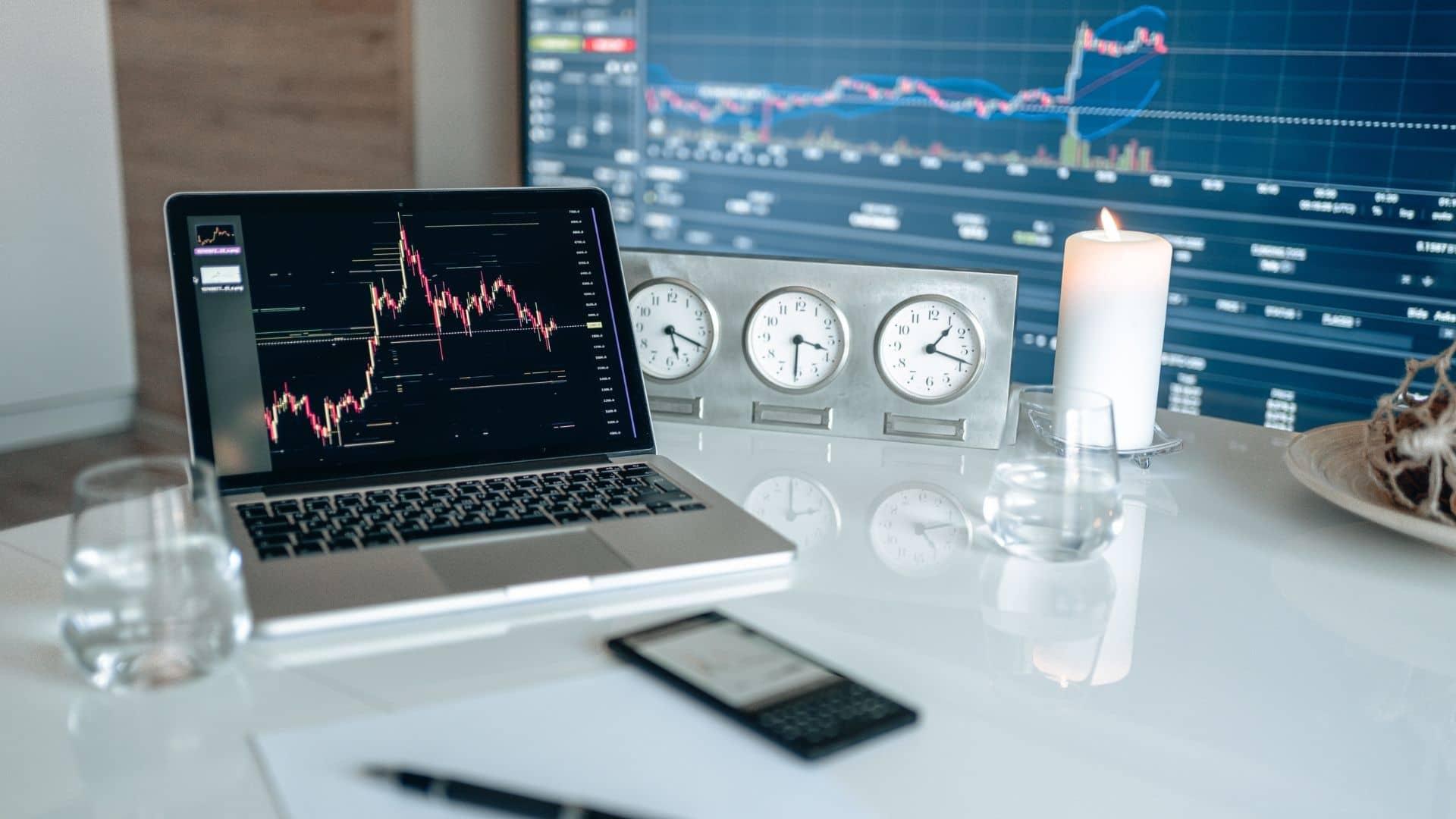 obchodný účet pre obchodovanie a investovanie na burze